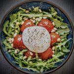 Frisse Italiaanse salade met burrata