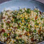 Salade van parelcouscous met Oosterse accenten