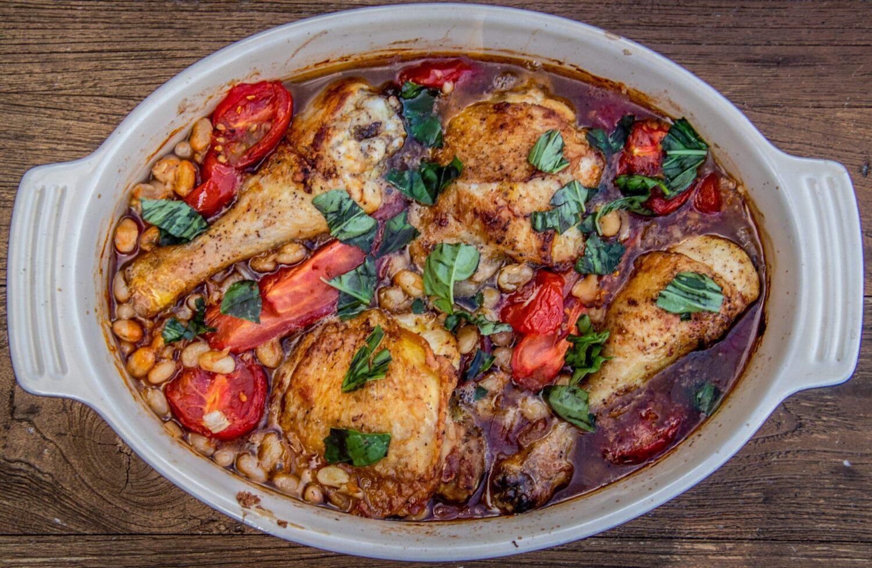 Ovenschotel met kip, tomaatjes en bonen