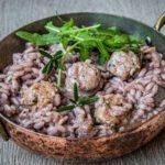 Risotto met Italiaanse worstjes en rode wijn
