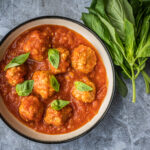 Pompoen-gehaktballetjes met tomatensaus